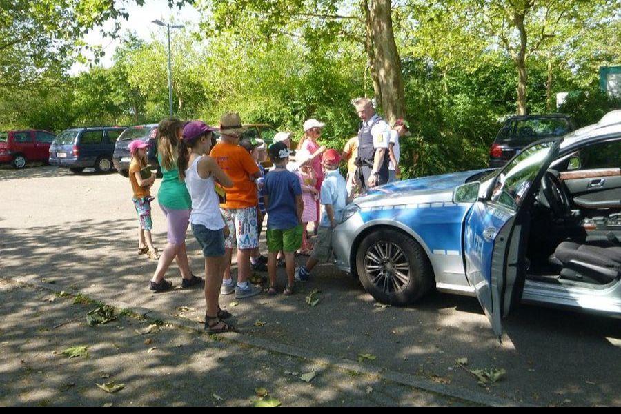 Die Polizei in Burzelbach