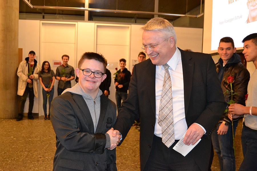Stimmenkönig Max Seitz und Bürgermeister Robert Hahn