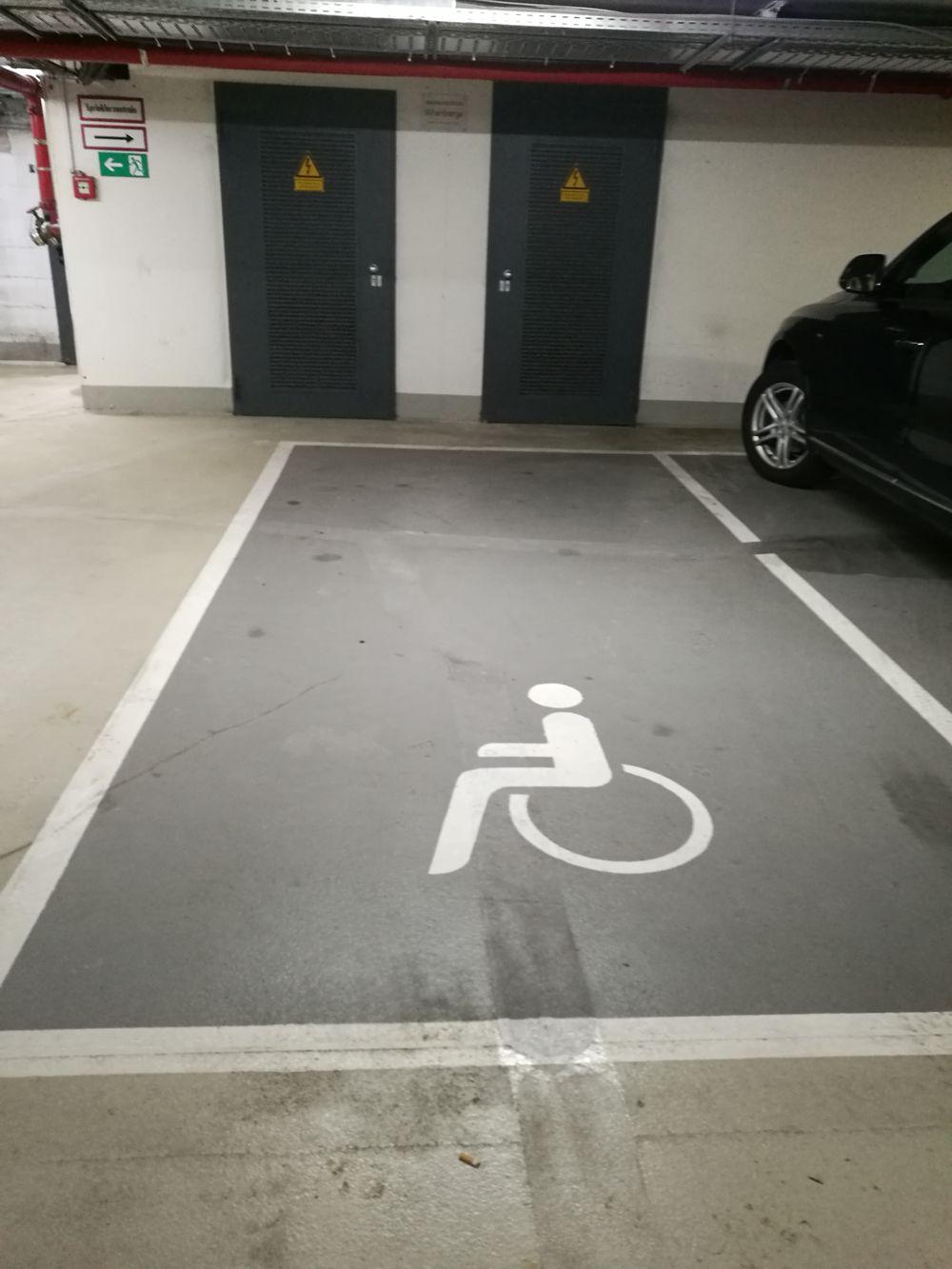 1 Behindertenparkplatz in der Tiefgarage Obere Wässere