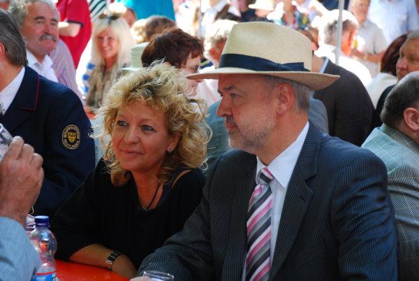 Bundestagsabgeordnete Beate Müller Gemmeke und Landrat Thomas Reumann