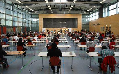 Multifunktionale Wittumhalle - hier beim schriftlichen Abitur