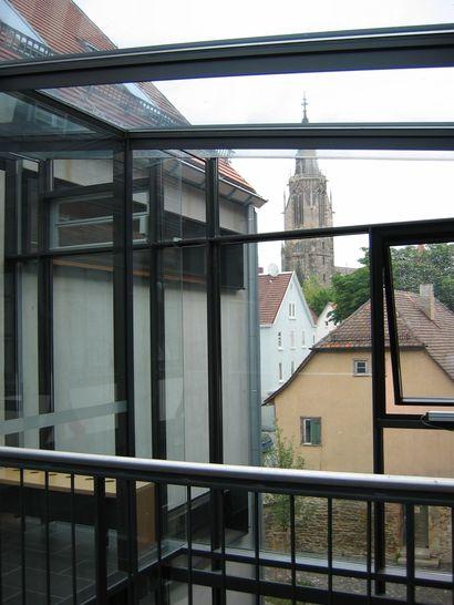 Neubau_Treppenhaus_Blick_auf_Marienkirche