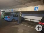 2 Behindertenparkplätze im Parkhaus Echaz-Zentrum