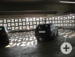 2 Behindertenparkplätze im Parkhaus Galeria Kaufhof