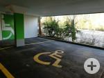1 Behindertenparkplatz in der Pomologie