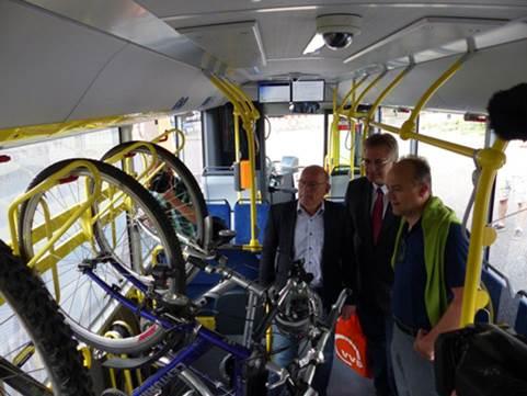 Bild eines Stadtbusses, innen