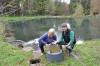 Familie Cani schafft neue Lebensräume für heimische Fische, Muscheln und Schnecken