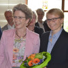 Oberbürgermeisterin Barbara Bosch (links) und die neue Rechtsamtsleiterin Madlen Michels