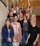 Die Azubis zusammen mit Ausbildungsleiterin Theresa Siegler, Anke Bächtiger (Leiterin der Stabsstelle Bürgerengagement) und Oberbürgermeisterin Barbara Bosch
