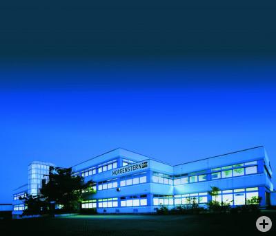 Gebäude Reutlingen bei Nacht
