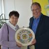 Übergabe im Rathaus: Hannelore Meisch-Künstner und Thomas Keck