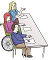 Das Bild zeigt drei Menschen, die zusammen an einem Tisch sitzen.