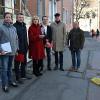 Baubürgermeisterin Ulrike Hotz mit Vertretern der beteiligten Fachämter auf der Baustelle in der Lederstraße