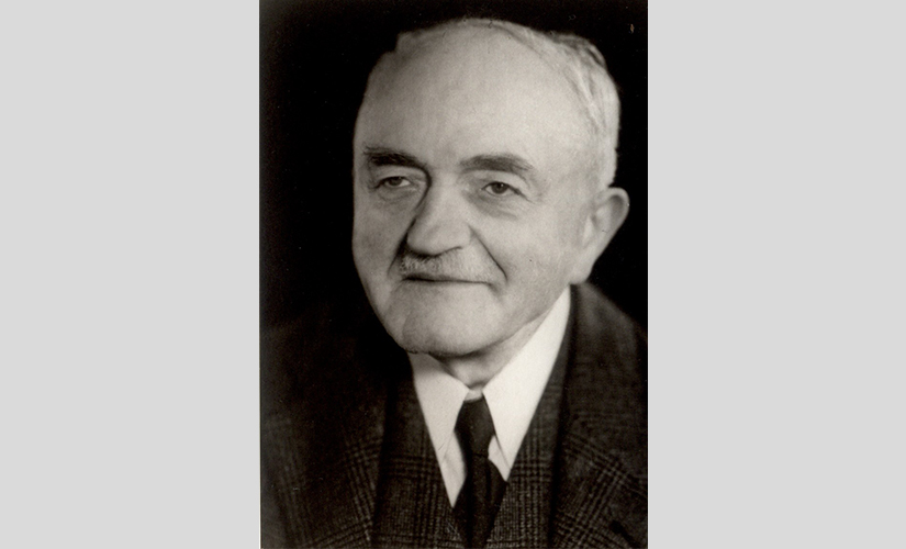 Schulrat a. D. Christian Knapp