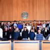 Roanner Schülergruppe und deren Austauschpartner im Großen Sitzungssaal des Reutlinger Rathauses