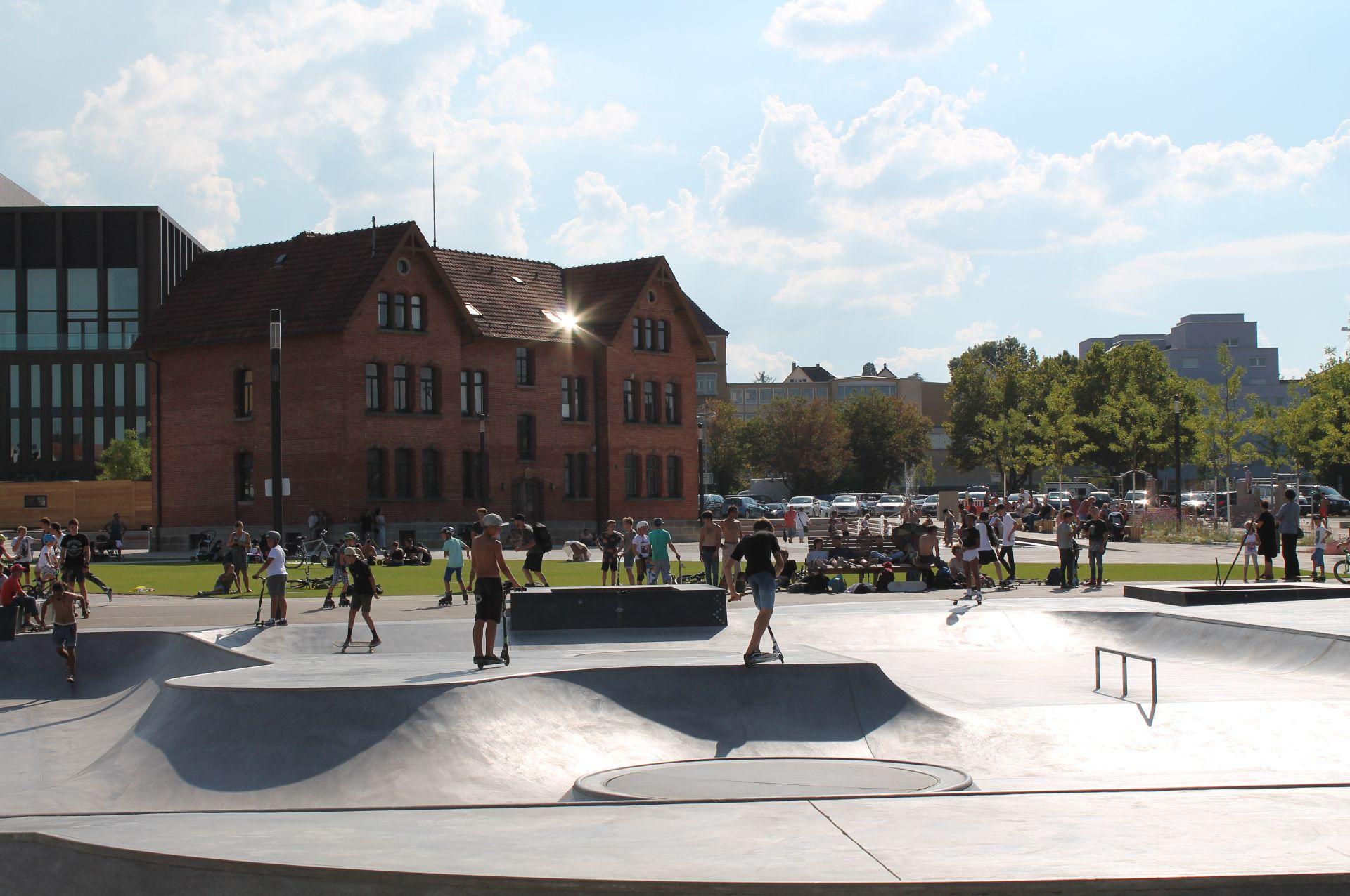 Blick auf die Skateanlage im Bürgerpark