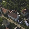 Ohmenhausen Bahnstraße 24, 22, 20. Im Vordergrund Bahnstraße 19, Nägelestraße 2 und gegenüber 1