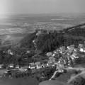 Burg Hohenrechberg mit Rechberg, um 1960