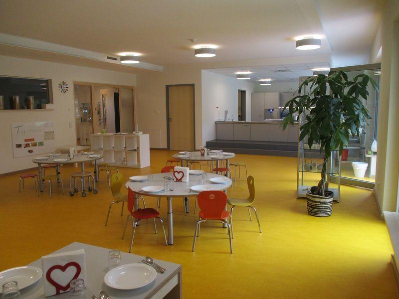 Städtisches Kinderhaus Aachener Straße - Restaurant