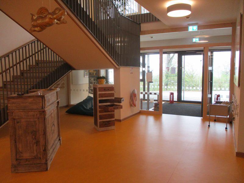 Städtisches Kinderhaus Aachener Straße - Empfangstresen