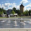 Wasserspiele im Bürgerpark mit Blick auf das Tübinger Tor - Foto: Stadt Reutlingen