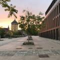 Die Stadthalle und das Tübinger Tor bei Sonnenaufgang - Foto: Stadt Reutlingen