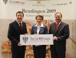 Unser Bild zeigt von links: Europaminister Prof. Dr. Reinhart, Oberbürgermeisterin Barbara Bosch und Heimatplfege-Vorsitzender Geppert