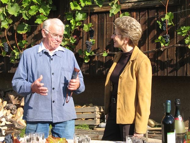Küfermeister Richard Rauscher und Oberbürgermeisterin Barbara Bosch