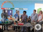 Übergabe der Sachspenden im Lycée Moderne Jeunes Filles