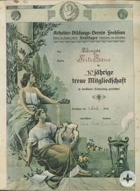 Am 3. März 1919 hatten sich der Arbeiterbildungsverein und der Gesangverein Frohsinn zum Arbeiterbildungsverein Frohsinn vereinigt. Für 10-jährige Mitgliedschaft wurde dem Sänger Fritz Baur 1923 diese Urkunde verliehen.