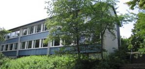 Südseite mit unterem Schulhof