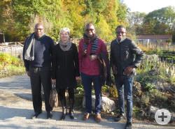 Die Gäste aus Bouaké mit Margit Fausel von der Abteilung Städtepartnerschaften zu Besuch auf dem Umweltbildungszentrum Listhof