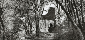 Blick nach Norden über die Torgasse (Zwinger) im Zustand des Jahres 1961 vor der Restaurierung (Aufnahme von M. Hell).