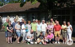Gruppenbild der Wanderfreunde aus Oferdingen mit ihren Roanner Gastgebern