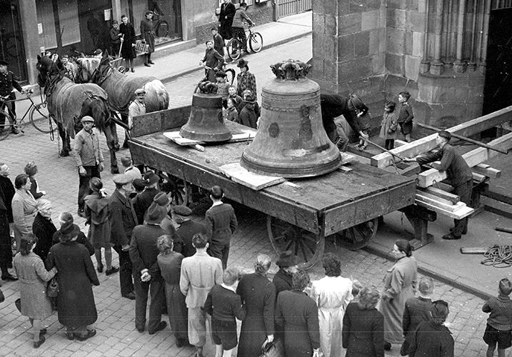 Abtransport Glocken der Marienkirche