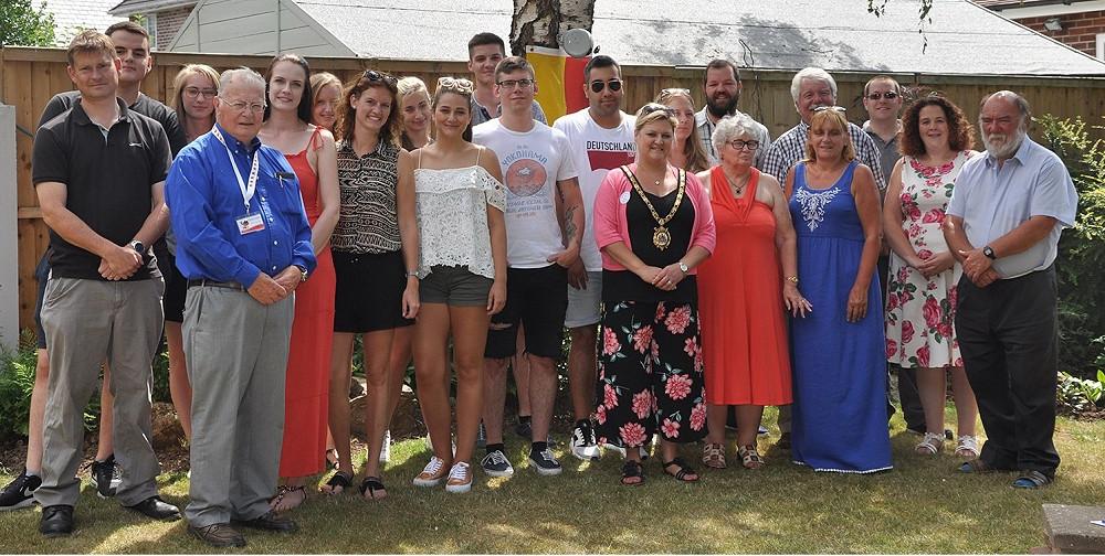 Schülergruppe der Theodor-Heuss-Schule zum Praktikum in Ellesmere Port
