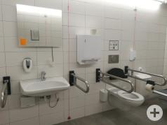 Stationäre Toilette für Alle