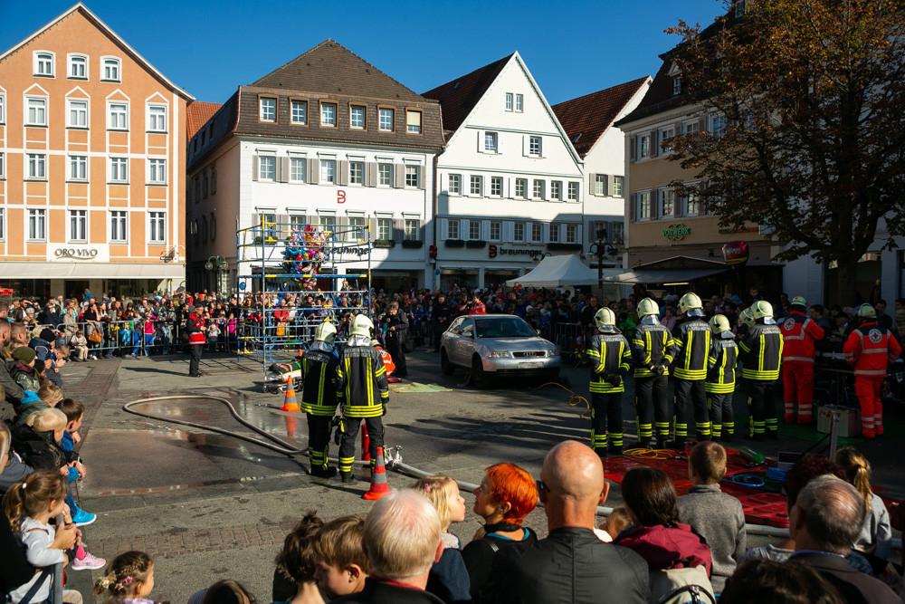 Tag der Sicherheit - Feuerwehrschauübung auf dem Reutlinger Marktplatz