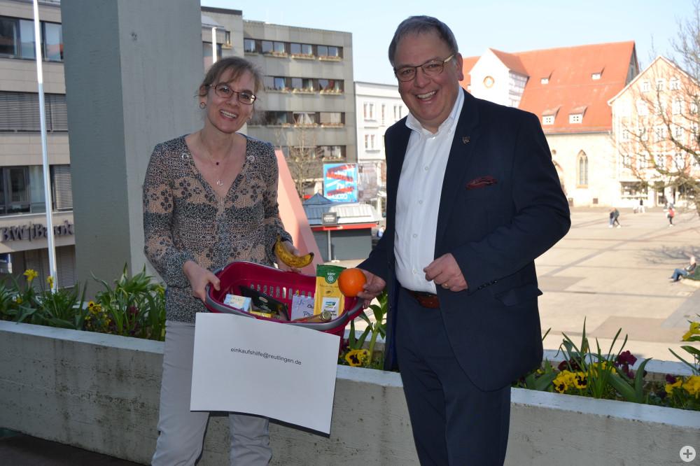 Anke Bächtiger mit Oberbürgermeister Thomas Keck