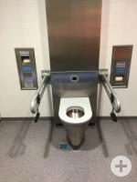 barrierefreie Toilette am ZOB Innenansicht