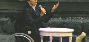 Oberbürgermeisterin Barbara Bosch hält ihre Rede