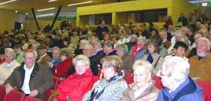 Die Gesellschaft wartet gespannt auf die Rede von Oberbürgermeisterin Barabara Bosch