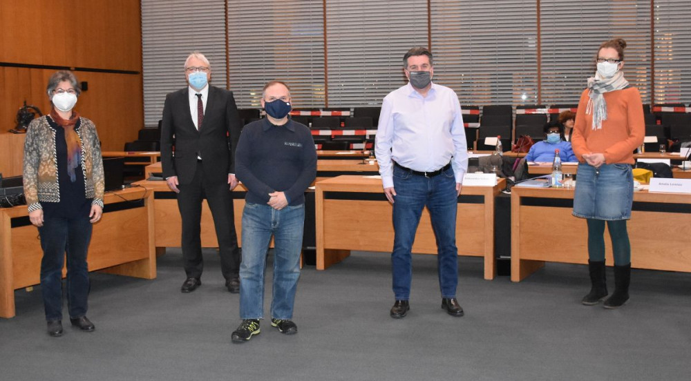 Ayfer Selcuk, Bürgermeister Robert Hahn, Fabio Enrico Cani, Duŝan Vesenjak und Luba van Meersbergen