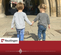 """Foto Kinder Hand in Hand zum Radiospot """"Verliebt"""""""
