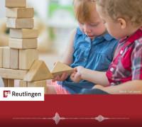 """Foto Kinder mit Bauklötzchen zum Radiospot """"Aufräumen"""""""